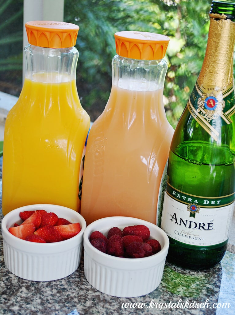 Set up a quick mimosa bar for your next party!