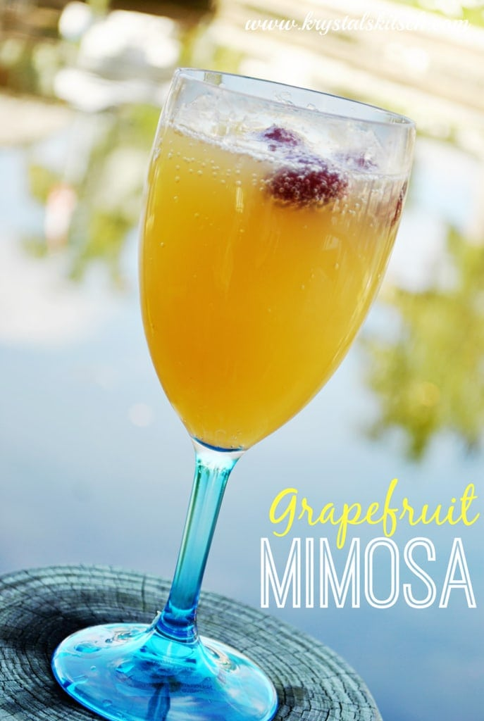 Tips for a Cheap and Easy Brunch With Grapefruit Mimosas