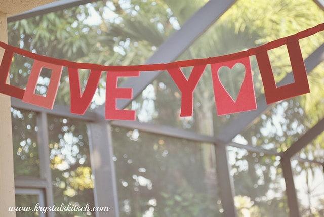 Love You Valentine's Day Banner