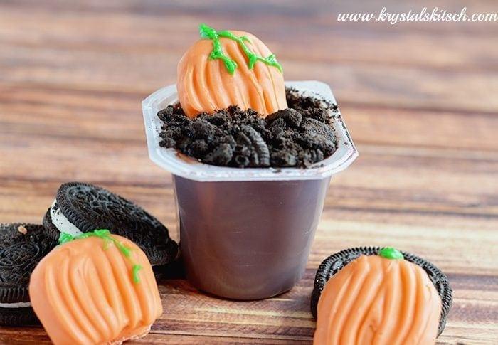 Halloween Dessert: Pumpkin Patch Pudding