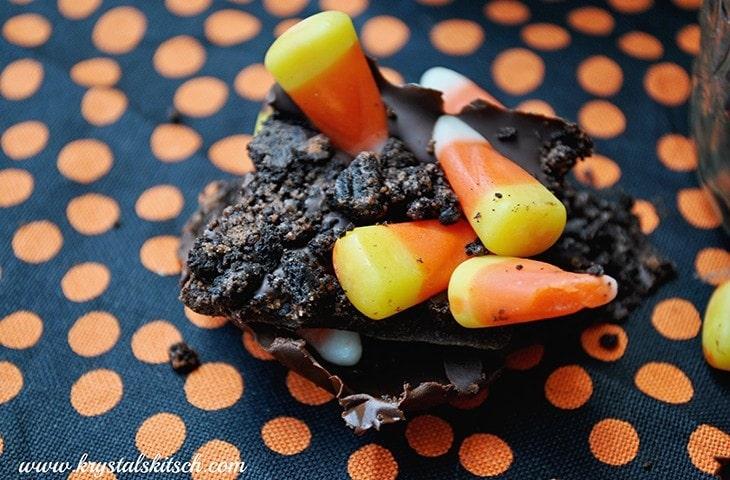 Halloween Treat Ideas: Candy Corn Oreo Bark