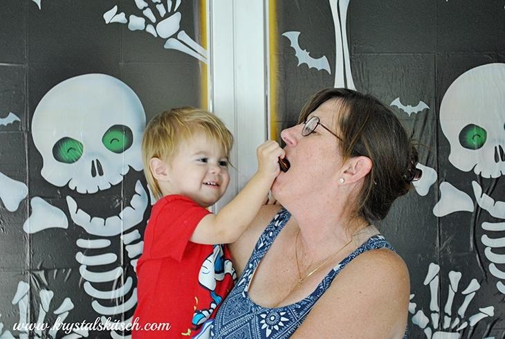 Halloween Photo Booth Ideas