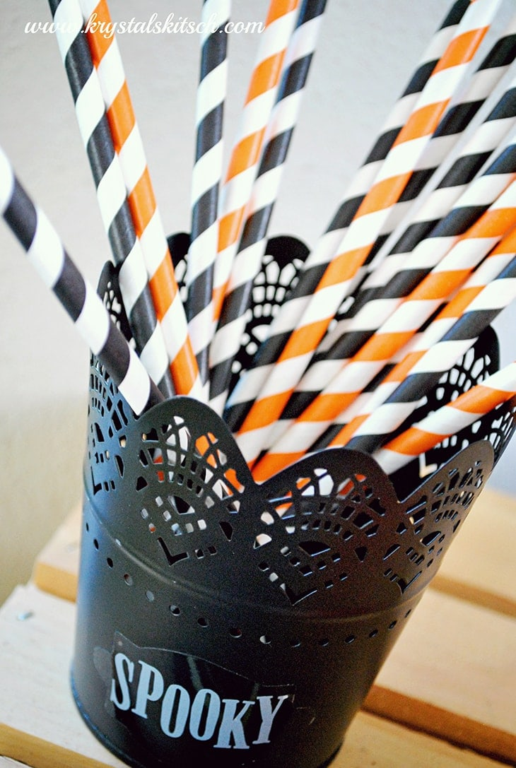 Spooky Striped Straws