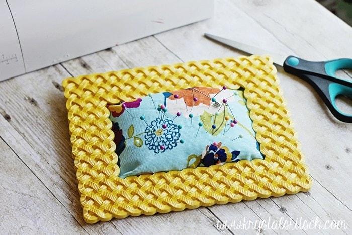 DIY Pin Cushion Photo Frame