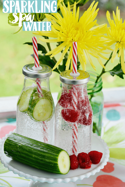 Summer Party: Sparkling Spa Water + Infused Ice Cubes