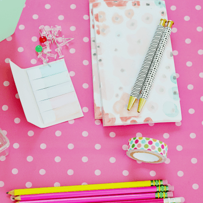 How to Stay Organized as a WAHM