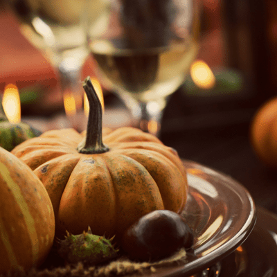 Host a Budget Friendly Thanksgiving: 7 Thanksgiving Essentials For a Dollar Each!