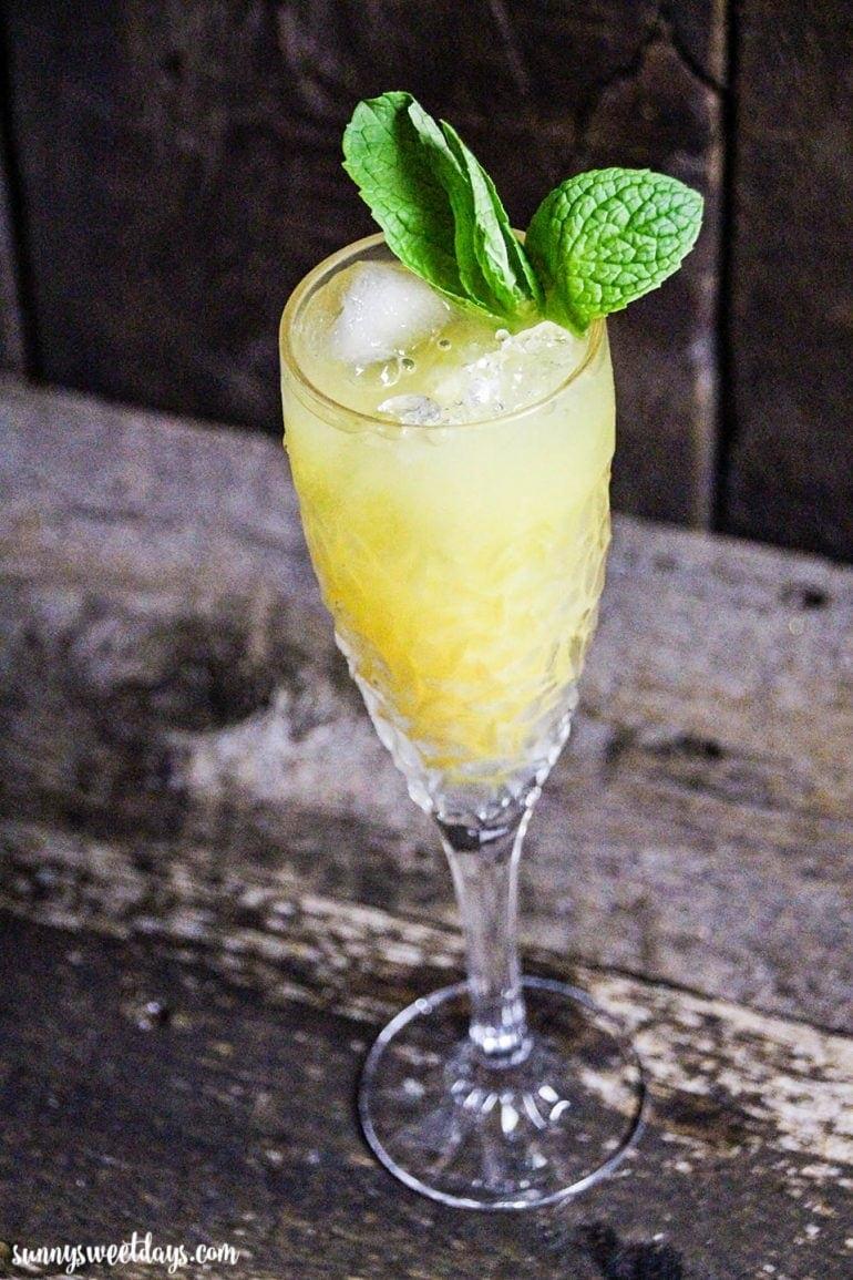 Mint Pinot Grigio Cocktail