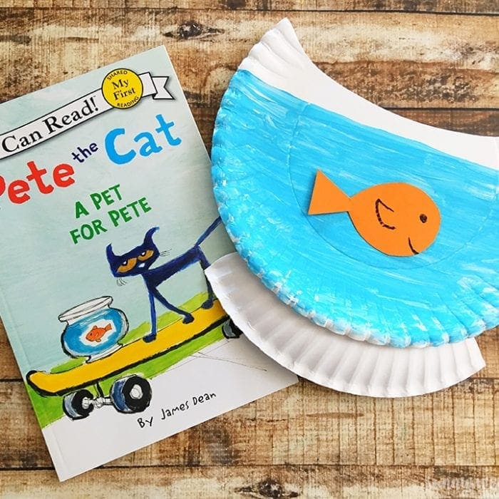 Pete the Cat Reading Craft Idea
