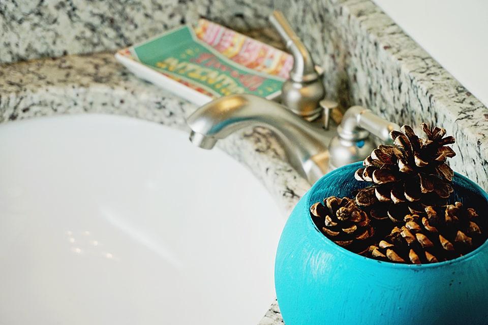 DIY Bathroom Air Freshener
