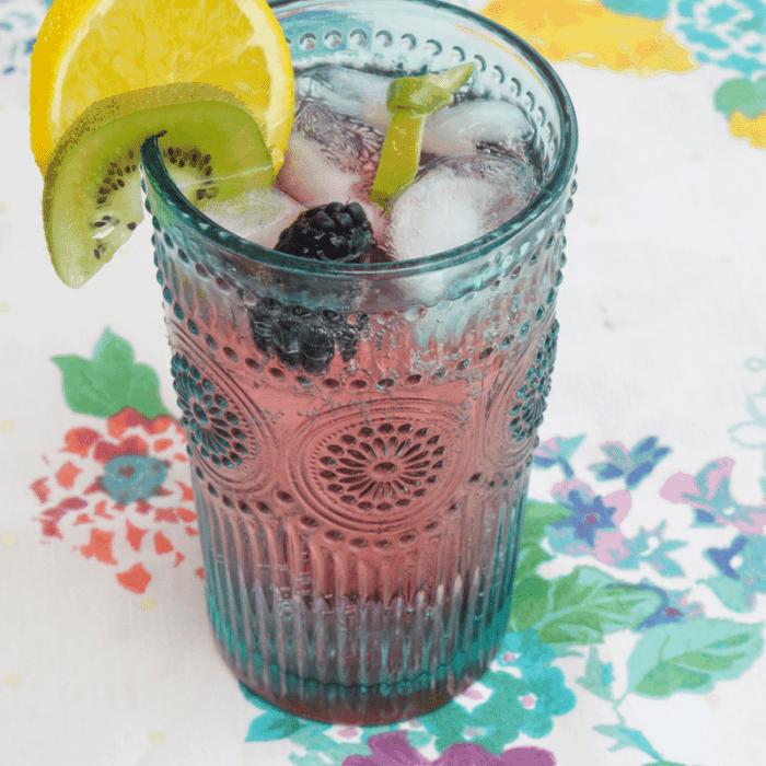 Blackberry Kiwi Cocktail   Fresh Fruit Cocktail Bar