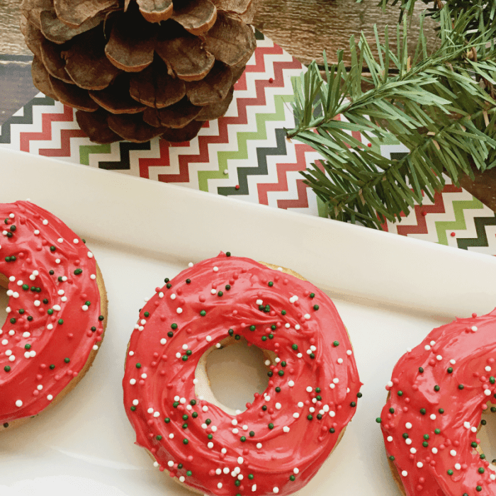 How to Make Christmas Donuts (with sprinkles!)