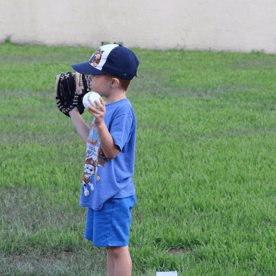 How to Let Your Child Discover Sports This Summer
