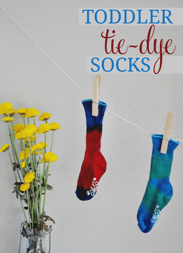 Toddler Tie-Dye Socks DIY