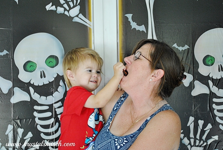 Halloween Photo Booth Ideas