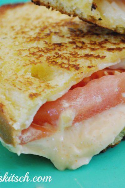 Sriracha Grilled Cheese Recipe
