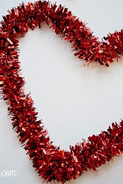 Dollar Deals: Cheap Valentine's Day Decor + Gifts