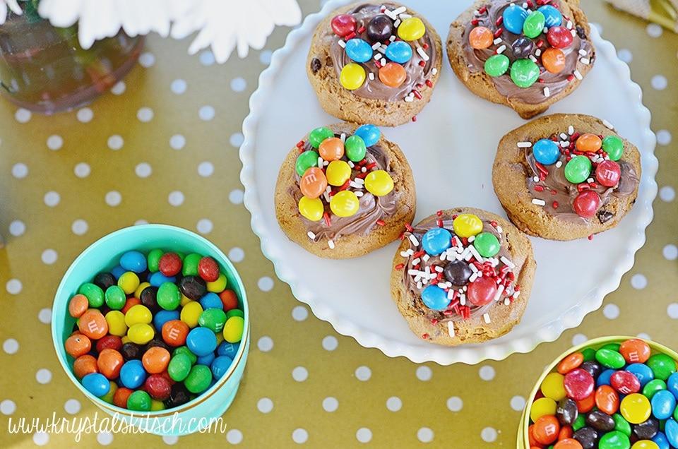 Crispy MMs Cookies