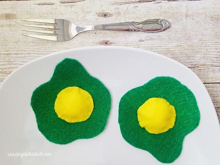 Green Eggs And Ham Craft