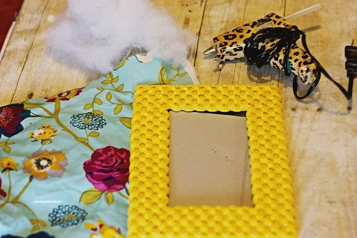 DIY Pin Cushion Photo Frame