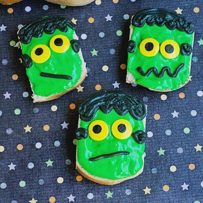 Halloween Breakfast: Frankenstein Mini Bagels