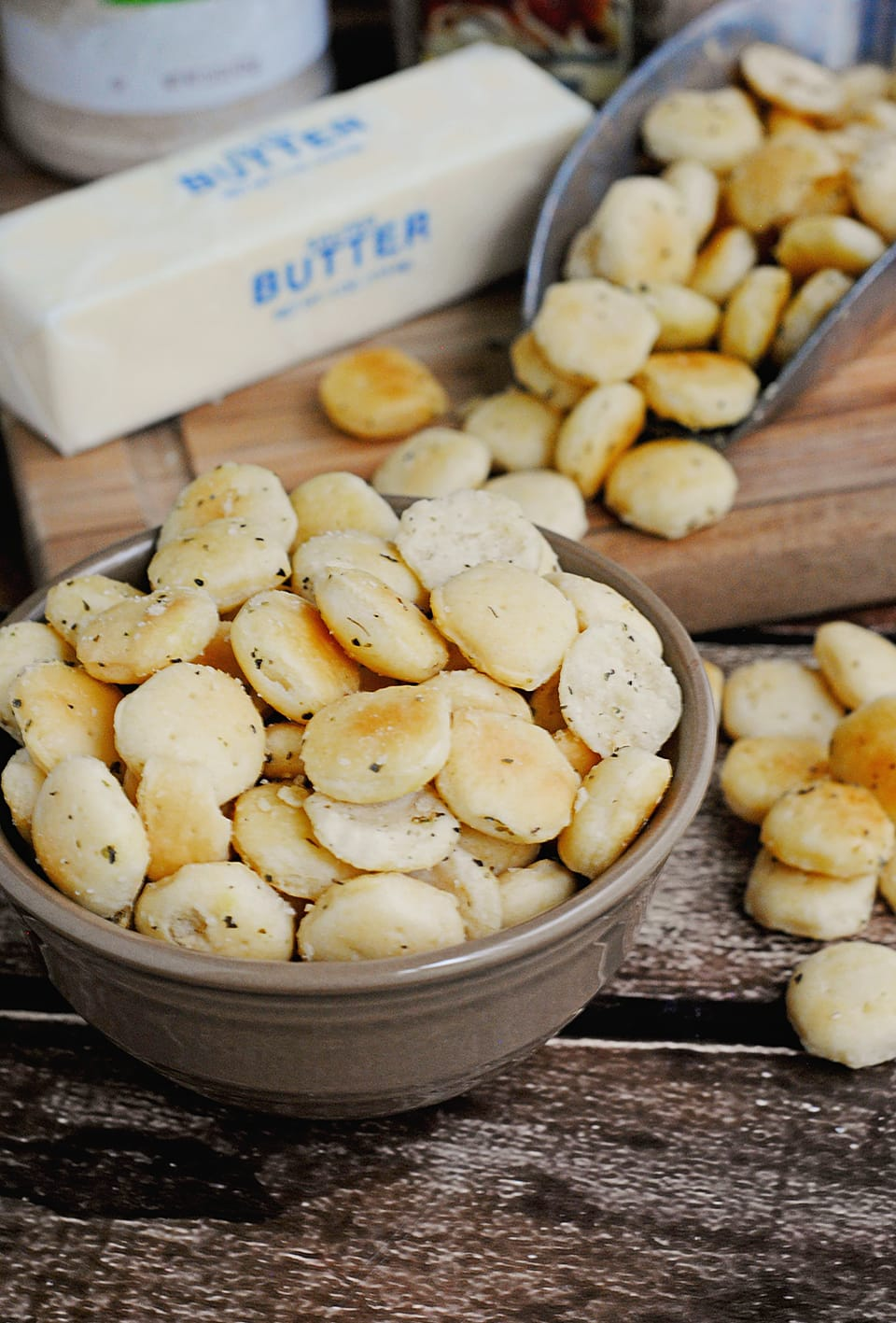 Buttered Oyster Crackers