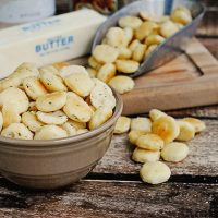 Buttery Seasoned Oyster Crackers