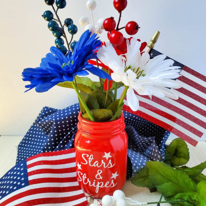 Stars and Stripes Mason Jar | July 4th Decor