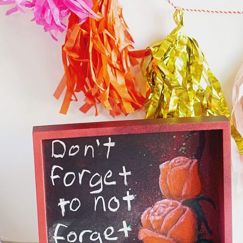 DIY Valentine's Day Chalkboard Art