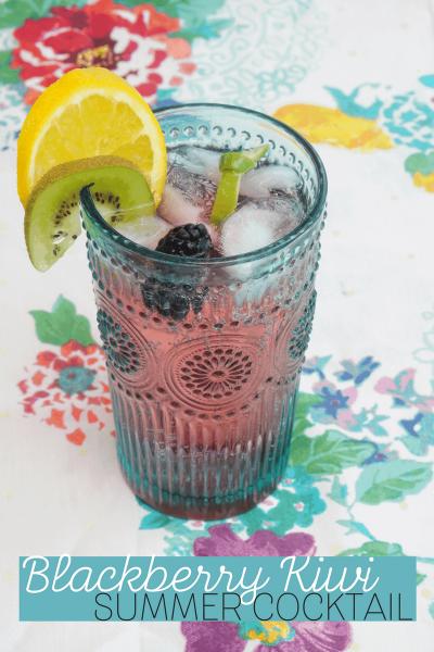 Blackberry Kiwi Cocktail | Fresh Fruit Cocktail Bar