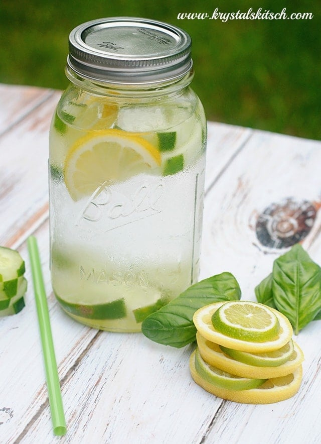 Cucumber Lemon Lime Basil | http://homemaderecipes.com/healthy/12-fruit-infused-water-recipes/