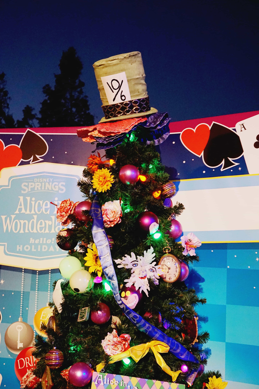 alice in wonderland tree disney world christmas