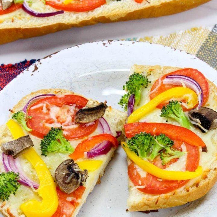 Easy Veggie French Bread Pizza Recipe