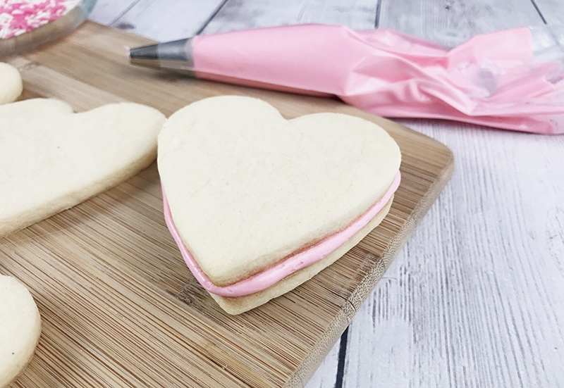 Valentine's Day Sandwich Cookies