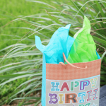 How to Keep in Touch With Friends and Family | Free Birthday Calendar Printable