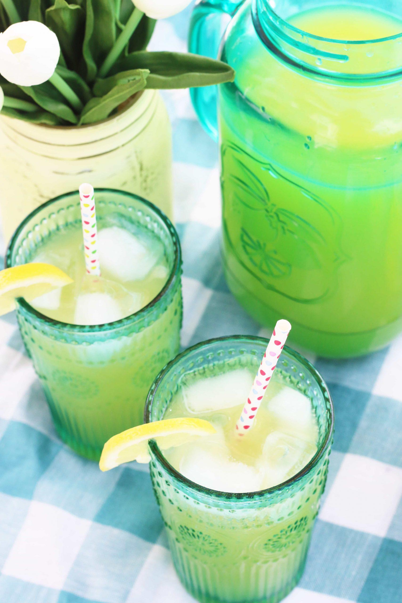 Orange Lemonade Twist Recipe: Vodka Cocktail Recipes