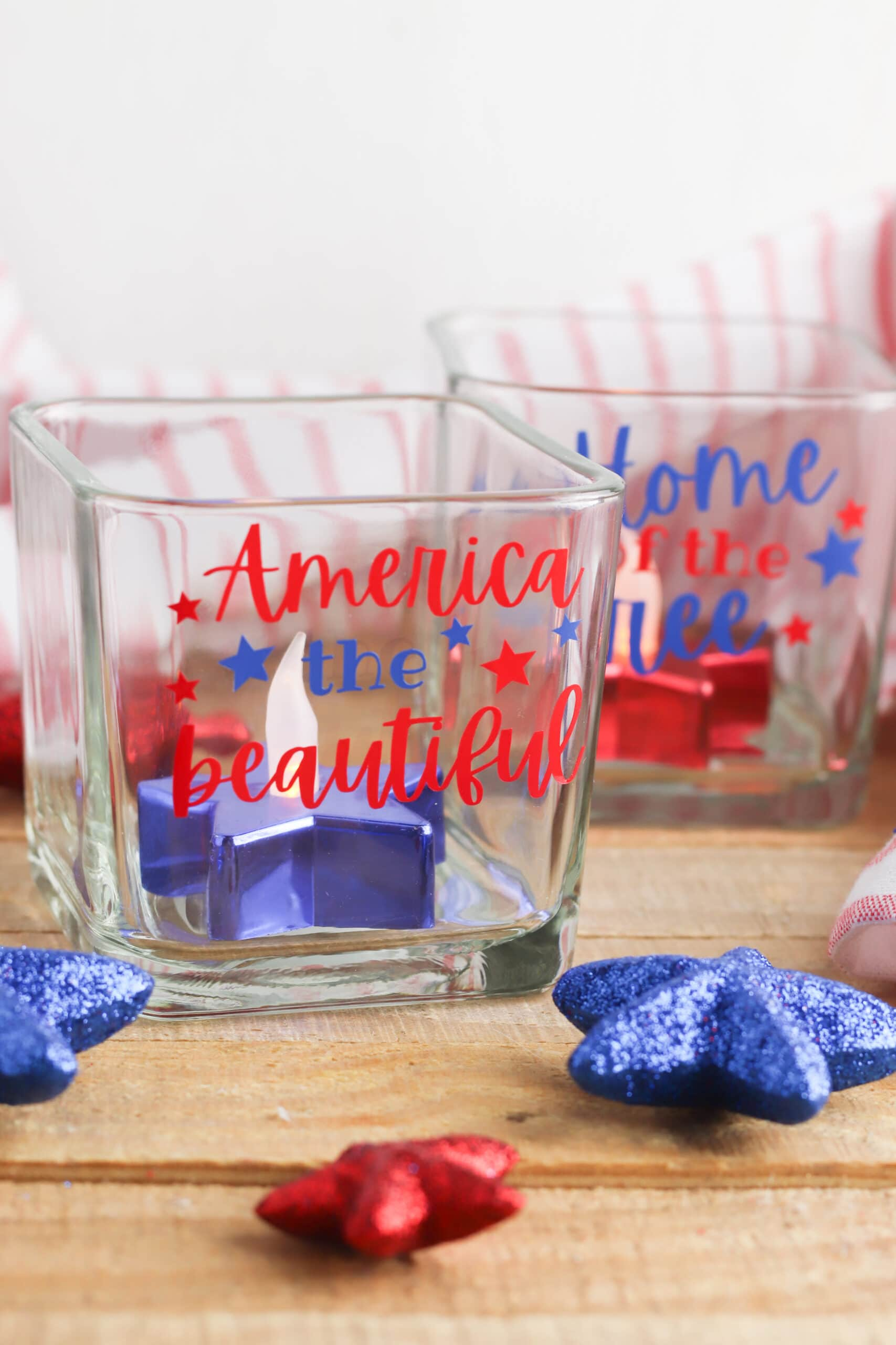 July 4th Cricut Crafts: Patriotic Candle Holders