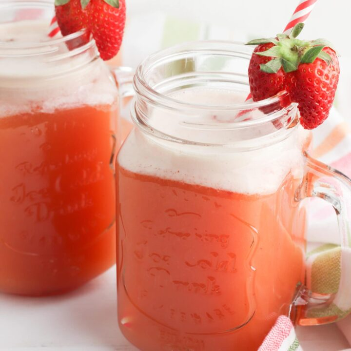 Strawberry Pineapple Fizz