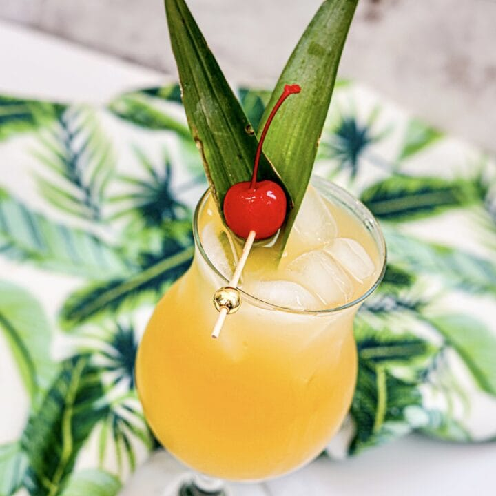 Captain Morgan Drinks: Pineapple Rum Cocktails