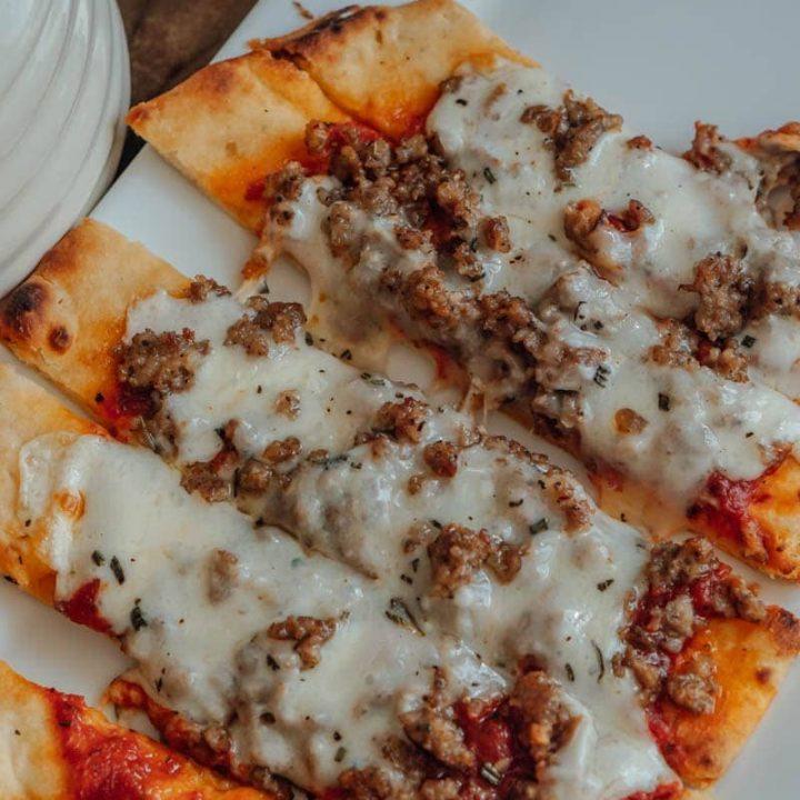 Garlic Sausage Naan Pizza Recipe