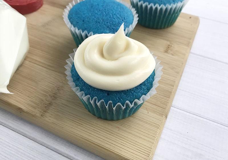 Superhero Cupcakes: Captain America