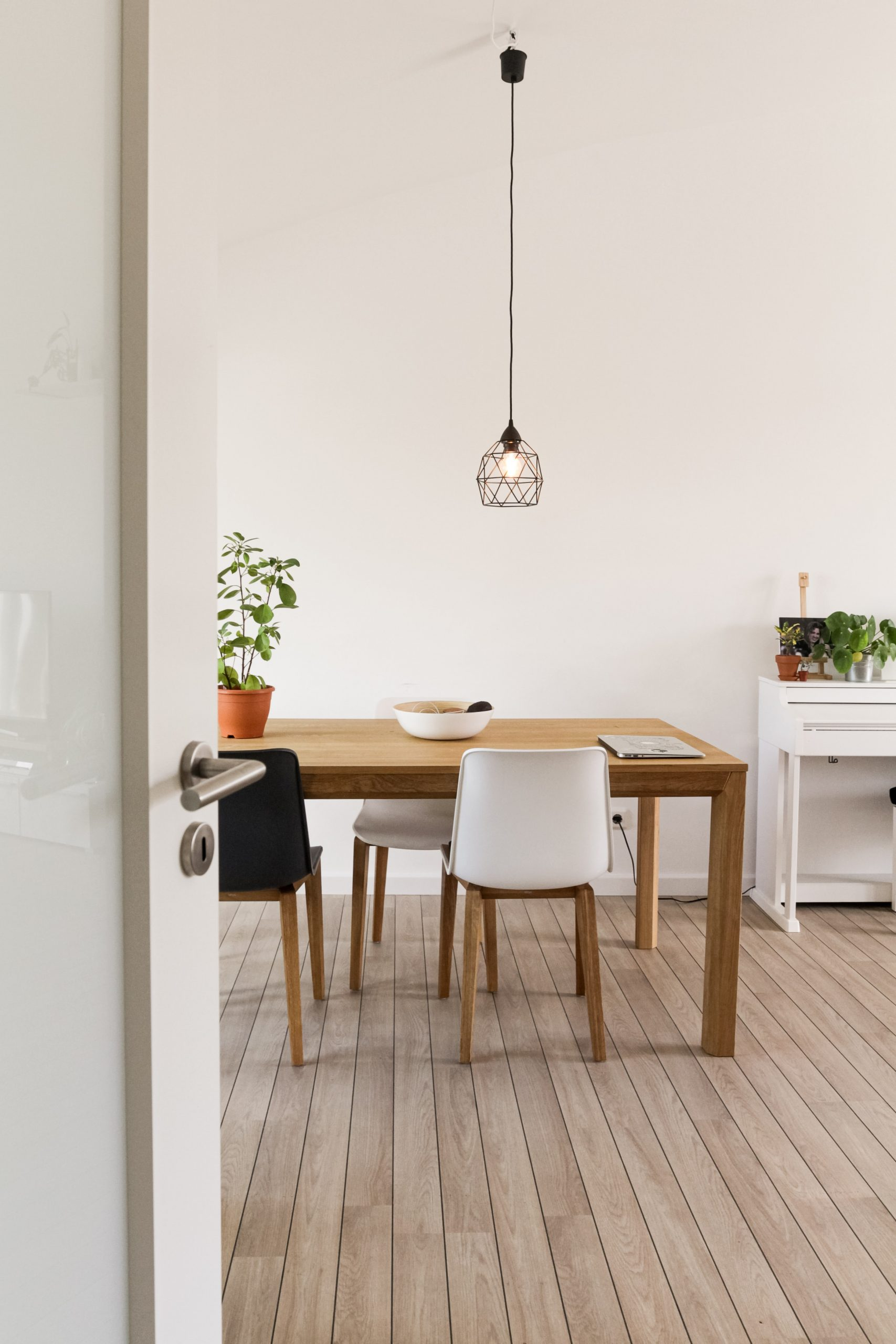 Here's How To Make Your Dining Room Look Stunning