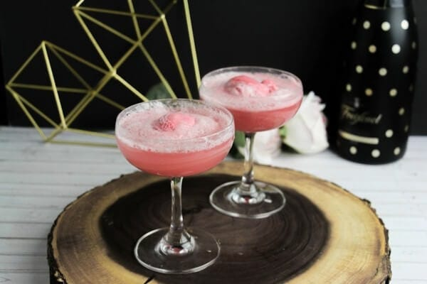 Champagne Floats ⋆ Sugar, Spice and Glitter