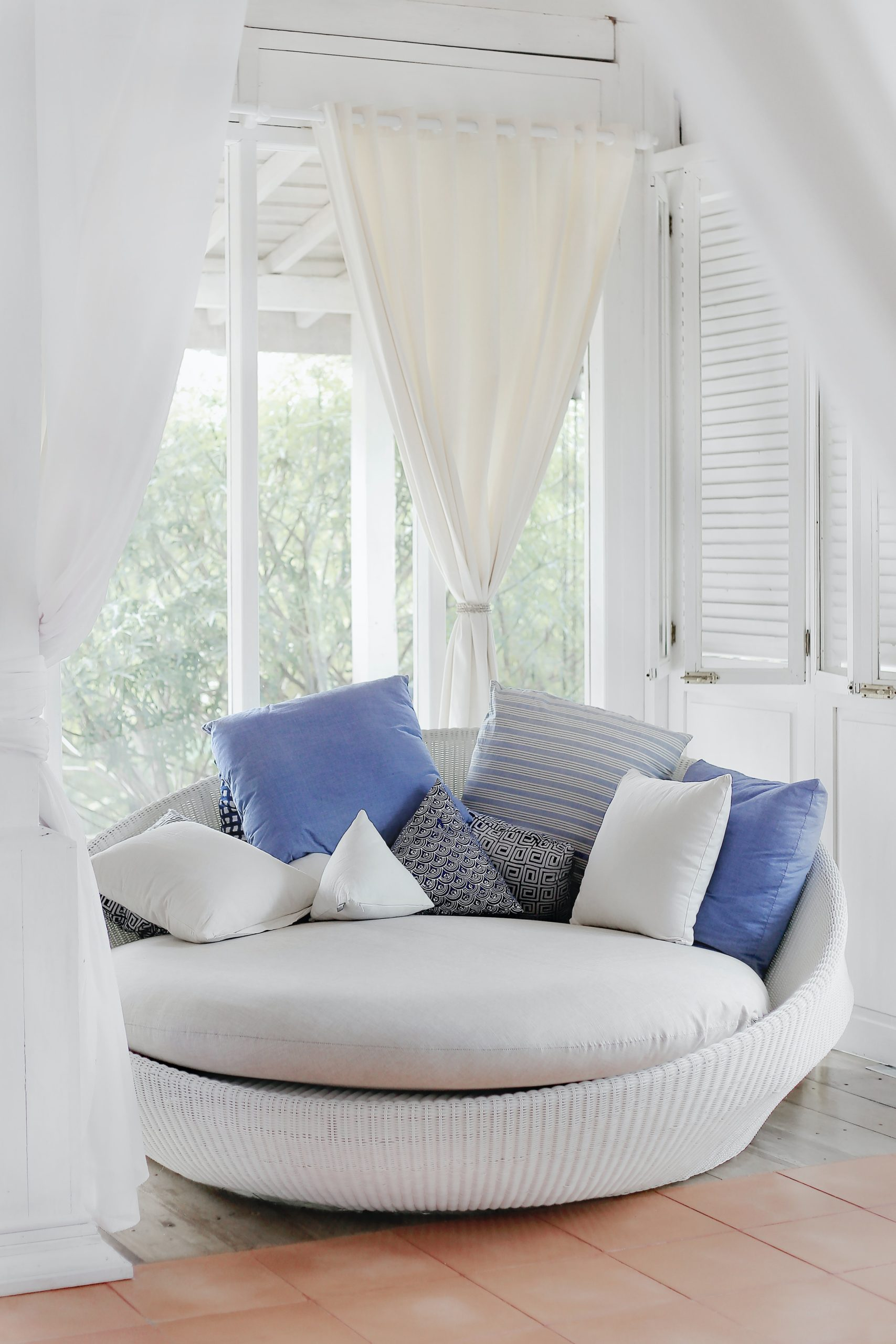 Curtains and Blinds fit for the Fall Season