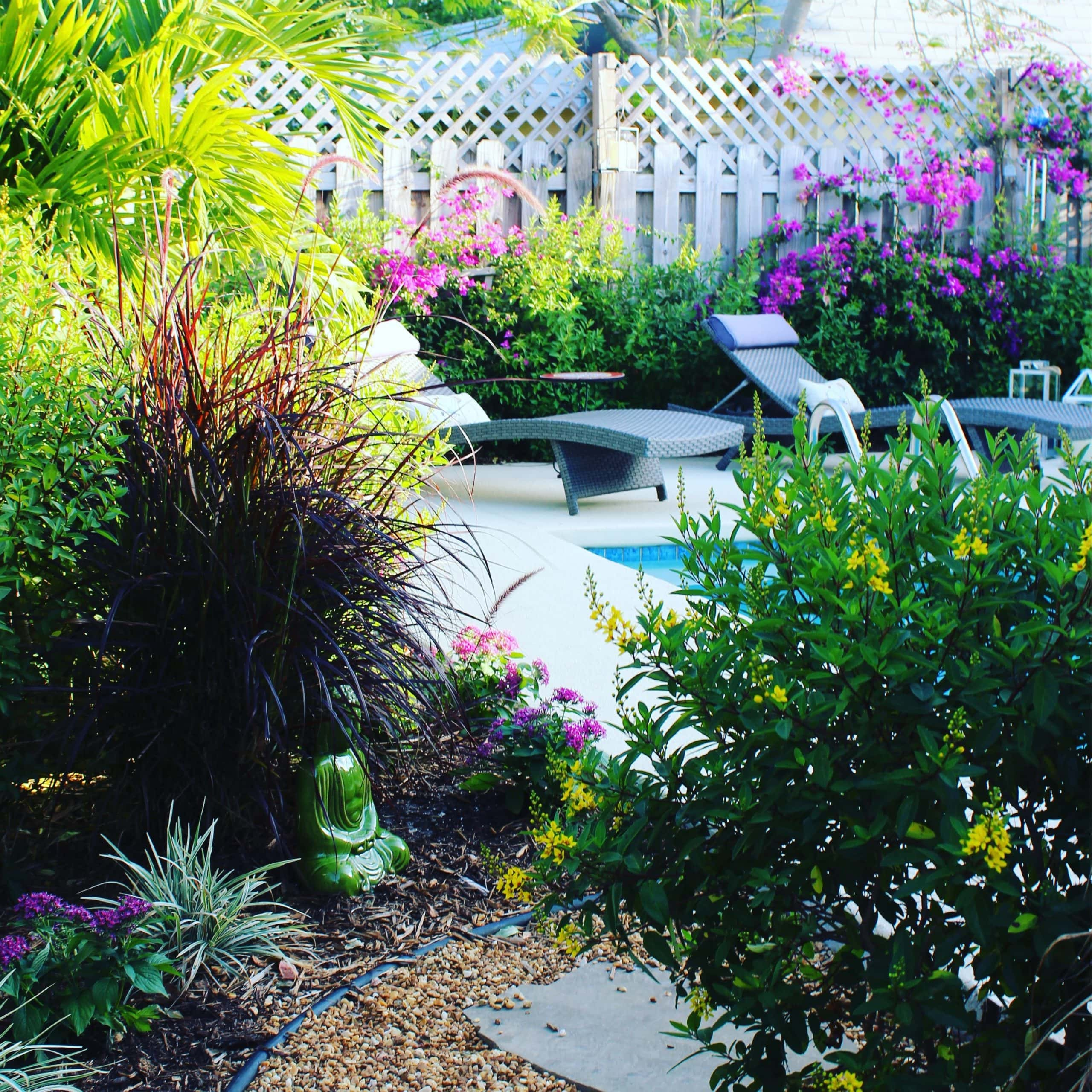 4 Easy Ways To Give Your Home a Stunning Curb Appeal Makeover