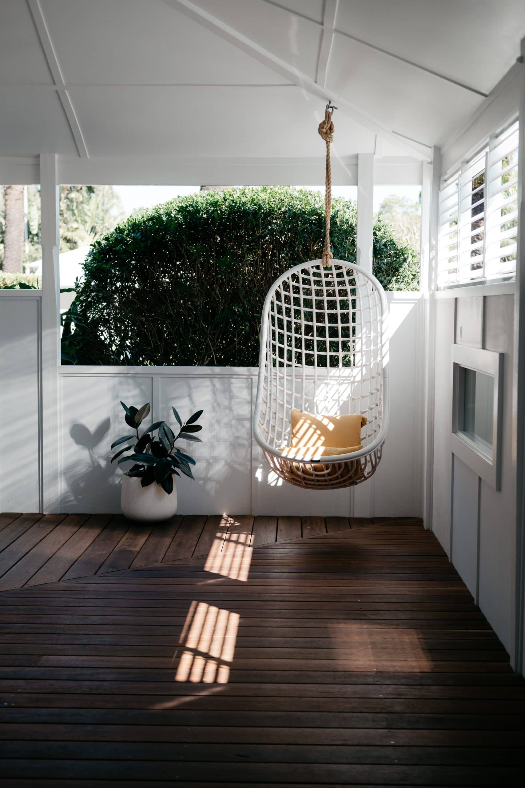 How to Decorate and Enjoy Your Porch Swing